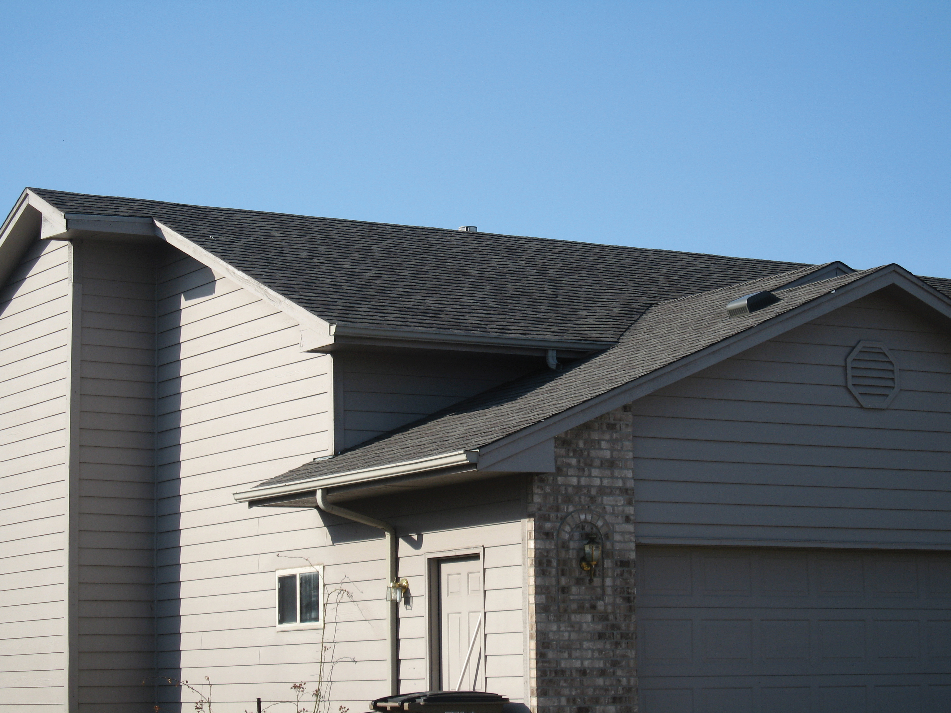 Roofing 3 Integrity Construction Inc